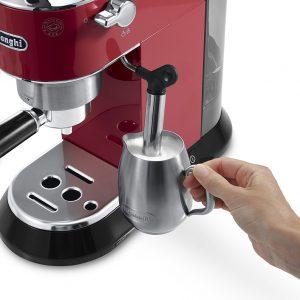 may pha ca phe espresso delonghi ec680r 4 300x300 - Máy pha cà phê Espresso Delonghi EC680.R
