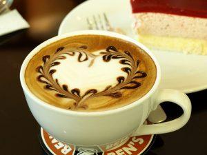 may pha ca phe espresso delonghi eci 341cp 4 300x225 - Máy pha cà phê Espresso Distinta Delonghi ECI 341.CP
