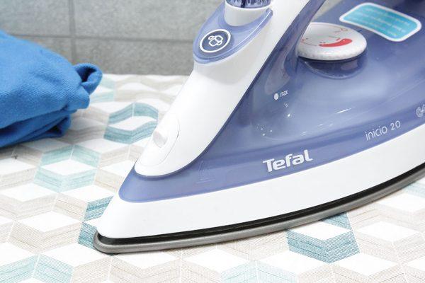 tefal fv1220 3 600x400 - Bàn ủi hơi nước Tefal FV1220 chính hãng