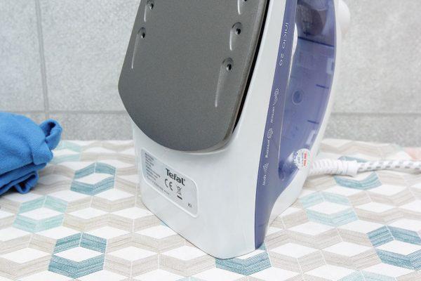 tefal fv1220 4 600x400 - Bàn ủi hơi nước Tefal FV1220 chính hãng